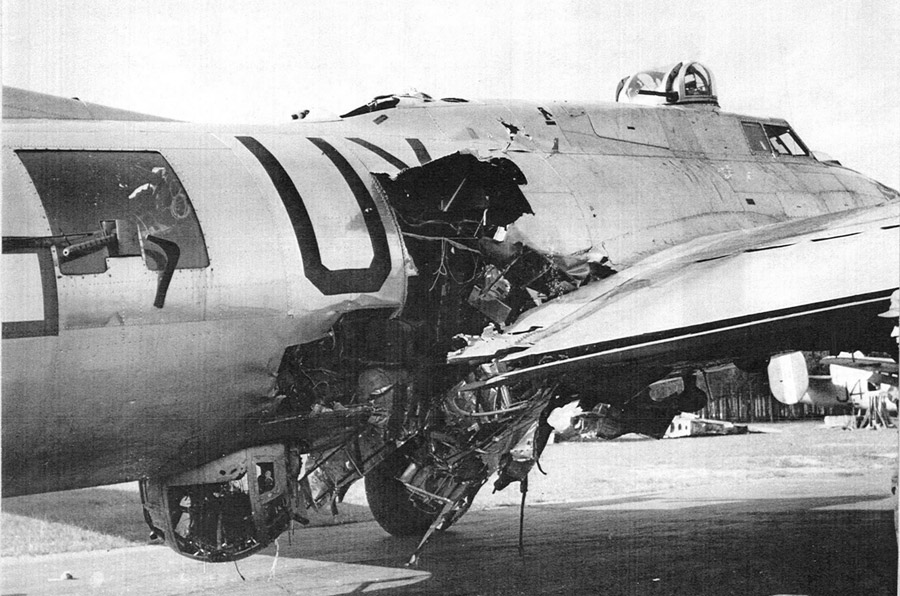 B17damaged jpg  B17 Damage